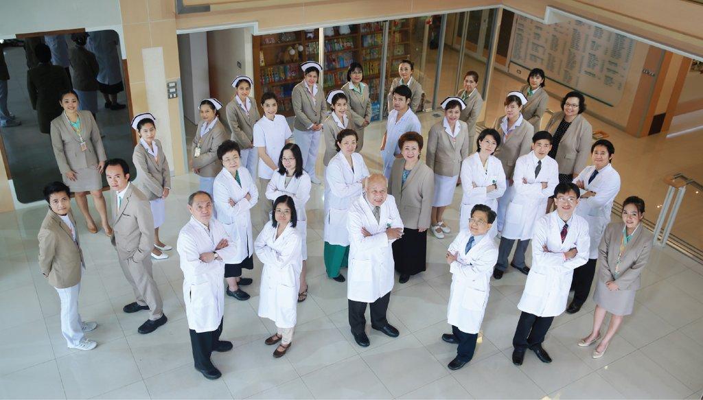 ทีมแพทย์